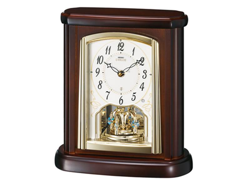 SEIKO 製品番号:HW582Bエンブレム電波置時計